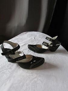chaussures sandales escarpins khrio cuir noir pointure 36