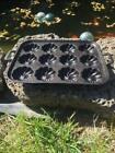 Vintage Gatemark Cast Iron 12 Cup Turks Head Pan