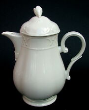 Villeroy & Boch Redoute Weiss White Embossed 1.5pt Coffee Pot & Lid Looks in VGC