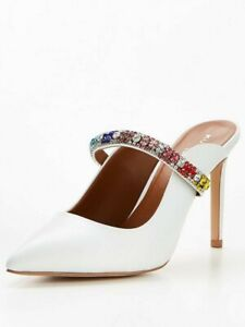 Brand new Gorgeous Kurt Geiger white heels 40