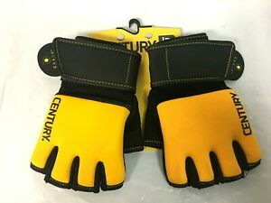 Century BRAVE Men's Gel Training Gloves Size S/M, Black/Gold - 9N_79