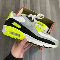 NIKE AIR MAX 90 GS LTR VOLT YELLOW TRAINERS SIZE UK3.5 US4Y EUR36 CM23