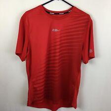 Nike Run Mens Dri Fit Mesh T-Shirt Large Red Diagonal Stripe Gradient Pattern