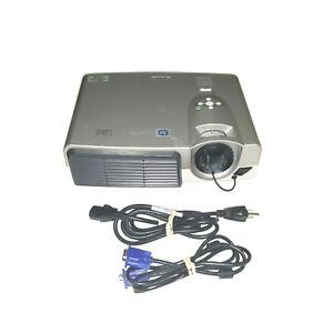 HP vp6111 DLP Projector SVGA Portable Projector
