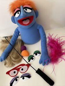 FAO Schwarz Muppets Whatnot Workshop Blue Puppet Complete Accessories Wig