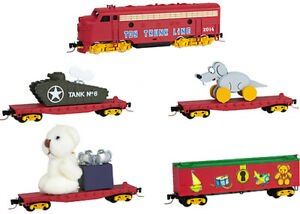 Micro-Trains MTL N-Scale Toy Trunk Train Set - Christmas/Holiday Locomotive/Cars