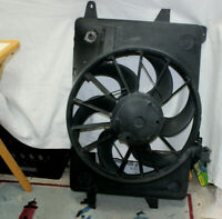1998-00 OEM FORD MERCURY LINCOLN RADIATOR COOLING FAN SHROUD ASSEMBLY