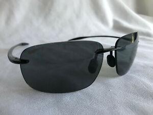 Polarized MAUI JIM Sunglasses BREAKWALL MJ 422-02 63-13 Black Frame w/ Grey Lens