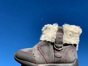 Girls Toddler Surprize by Stride Rite Delrae Faux Fur Trim Boots Gray 7 ❤️sj18m2