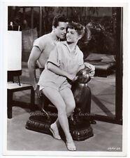 Debbie Reynolds & Vic Damone ATHENA 1954 VINTAGE ORIG PHOTO DBW sexy romantic