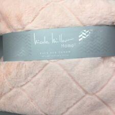 Nicole Miller Throw Blanket Faux Fur Light Baby Pink Quatrefoil Luxury 50x60 NEW