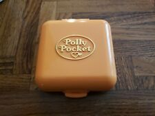 Polly Pocket Bluebird vintage orange 1989 Townhouse and figures compact