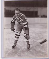 RABBIT MCVEIGH 1930s NY AMERICANS GENUINE ORIGINAL TYPE 1 NHL 8x10 PHOTOGRAPH
