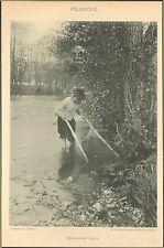 PUY-DE-DOME PECHE AVEC FILANCHE DANS RIVIERE LA DORE IMAGE 1900