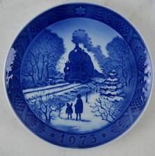 Royal Copenhagen 1973 Christmas Plate - Going Home For Christmas - Ceramic