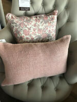 Pottery Barn Faye Lumbar Pillow Cover Blush 16x26 Hopsack New