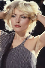 "Debbie Harry UNSIGNED 6"" x 4"" photo -N133- Lead singer of punk rock band Blondie"