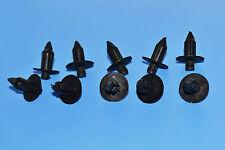 10 X RENAULT CLIO BLACK PLASTIC RIVET TYPE BODY TRIM PANEL FASTENER CLIPS