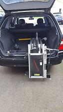Rollstuhlverladesystem Ladeboy von Rausch, mit elektrischem Bedienteil