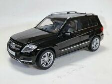 WELLY 1:18 GT AUTOS MERCEDES-BENZ GLK Diecast Car Model 11008MB Black