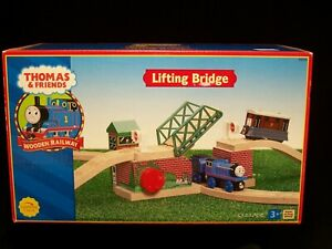 Lifting Bridge Thomas and Friends Wooden Railway 2002 Learning Curve