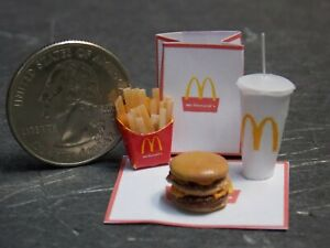 Dollhouse Miniature Drive-thru Food Combo M 1:12 inch scale D19 Dollys Gallery