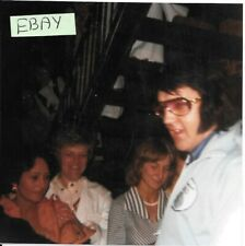ELVIS PHOTO LEAVING HOTEL 1976 CANDID FAN CLUB COLLECTION FIND LOT AA