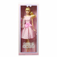 Mattel DGW37 Bambola Barbie Da Collezione It's A Girl Collector Con Pleuche