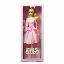Mattel DGW37 Bambola Barbie Da Collezione It's A Girl Collector Con Pleuche