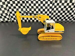 NZG JCB 820 Power Slide Hydraulic Excavator - Yellow/White - 1:35 Diecast Boxed