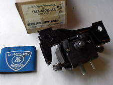 FORD F68Z-6F063-AA REAR ENGINE TRANSMISSION INSULATOR ARM FACTORY OEM PART