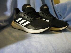 Adidas, Adiwear, Sport Schuhe, Schwarz Gr.36,1/2,(4) Obermaterial Stoff neuw