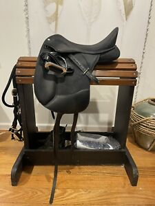 Wintec Pro Dressage Saddle 17in Cair Fully Mounted