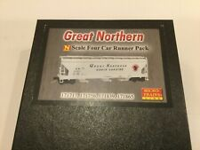 N scale Micro-Trains Great Northern covered hopper 4-pack