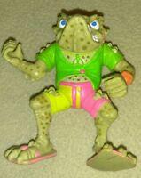 Teenage Mutant Ninja Turtles TMNT Weapon Napoleon Bonafrog Sewer Gas Shield