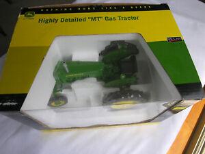 """SpecCast # JDM 210  John Deere """"MT"""" Gas Tractor  w/frt  1/16"""