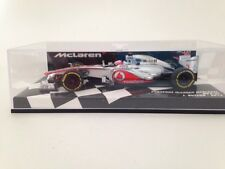 Minichamps Vodafone McLaren Mercedes MP4-27 J. Button 2012 -530-124303 New