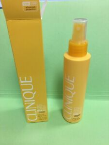 New In Box Clinique Broad Spectrum SPF30 Sunscreen Virtu-Oil Body Mist 4.9 FL Oz