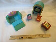 Mattel Dora the Explorer Toy Dollhouse bathroom furniture parts toy TV couch bed