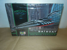 BATMAN FOREVER MOVIE BATBOAT  REVELL SKILL 2  Vintage 1995