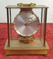 MONTRE DE TABLE A  PENDULE. KUNDO ELECTRONIQUE. ALLEMAGNE VERS 1960.