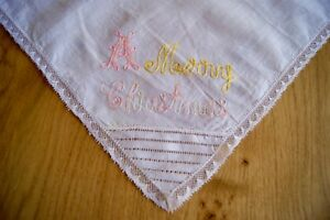 ANTIQUE VINTAGE FINE WHITE LINEN HANDKERCHIEF HANKY Embroidered Christmas #HK26
