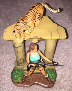 Adventures Of Lara Croft Savage Bengal Tiger Tomb Raider Figure Playmates