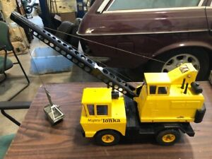 NICE Vintage 1965 Mighty Tonka Mobile Crane Pressed Steel USA Toy Truck