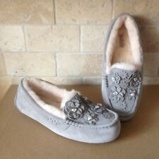 UGG Ansley Petal Flowers Bling Seal Suede Moccasins Slippers Shoe Size 10 Womens