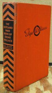 "The Scotland Yard Book of Edgar Wallace-Omnibus Ediiton with ""The Silver Key"""
