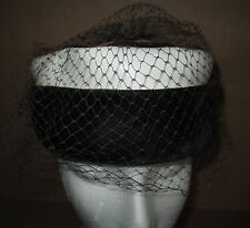 Vintage Women's Hat Pillbox Style Velvet Faux Leather Netting Dk. Brown & White