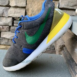 Nike Roshe Run QS Brazil Tech Fleece Grey Kids Sneaker Size 6.5 (703935 001)