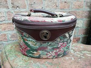 Vintage tapestry Style Vanity Make Up/ Hairdresser Box Top Handle