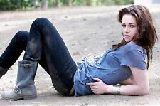 Kristen Stewart Unsigned 8x12 Photo (44)